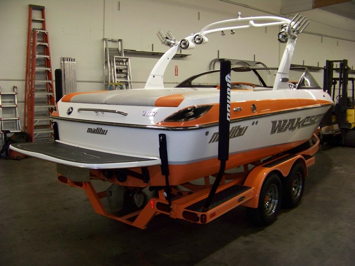 Wakeboat Spare Tire Mount