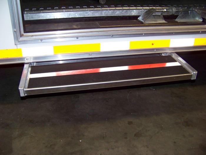 Aluminum Slide-Out Step