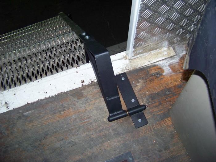 Sparkplugg Staircase Brackets
